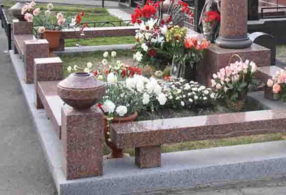 Клумбы своими руками на кладбище