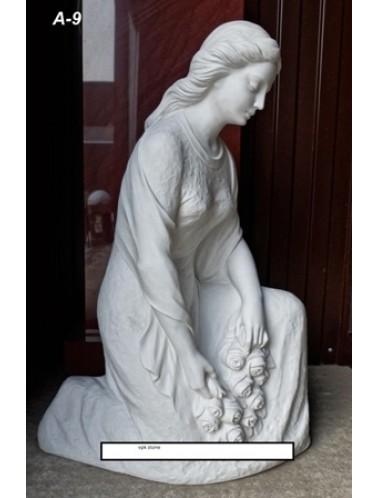 Скорбящий ангел (81 x 34 x 56 см)